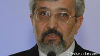 علی اصغر سلطانیه، نماینده ایران در آژانس بینالمللی انرژی اتمی