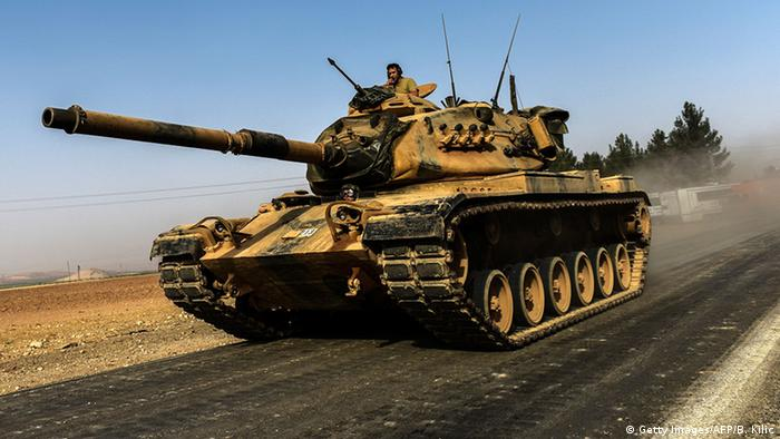 tank on the move (C) Getty Images/AFP/B. Kilic