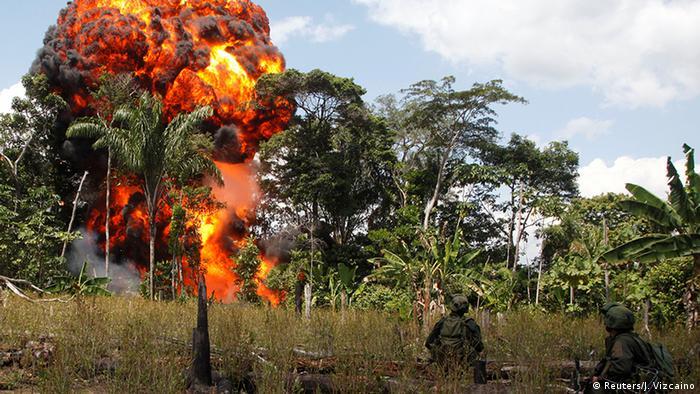 Kolumbien FARC Polizei vernichtet Drogenlabor