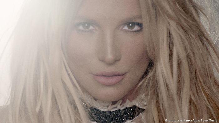 Oops! Britney Spears′ ′Glory′ can′t decide what it is | Music | DW