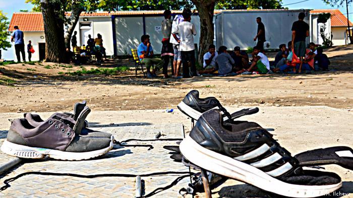 В лагере беженцев