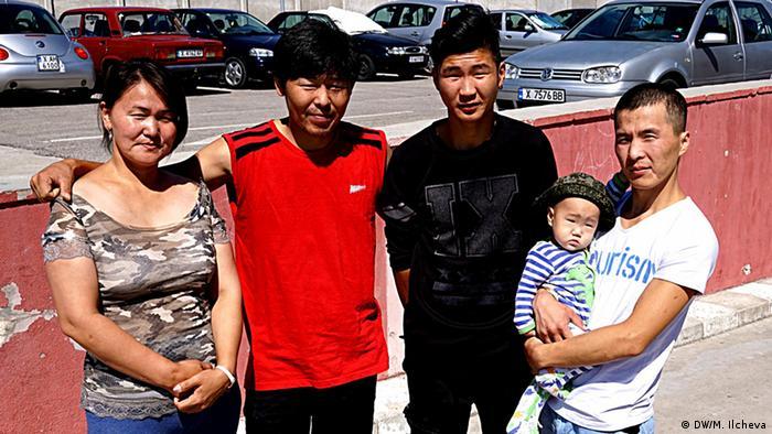 zwei mongolische Familien aus China in Bulgarien (Copyright: DW/M. Ilcheva)