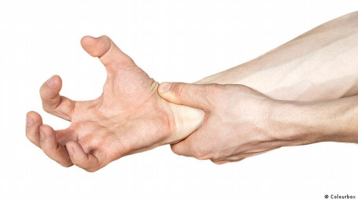Krämpfe in rechter Hand (Colourbox)
