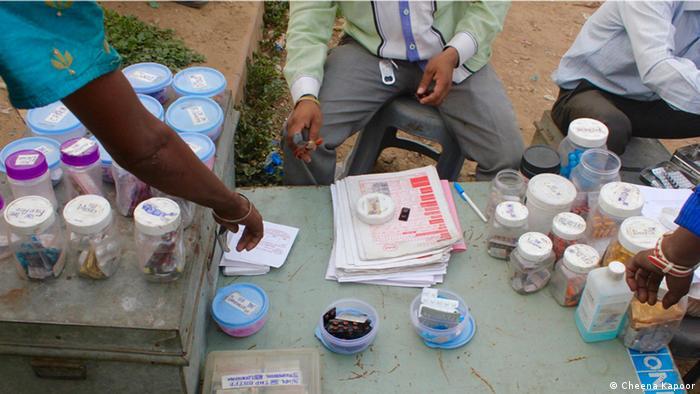 Indien Neu Delhi street clinic (Cheena Kapoor)