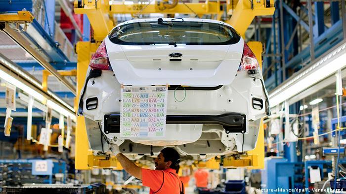 Ford bazı fabrikalarında üretime yeniden başlamayı planlanıyor