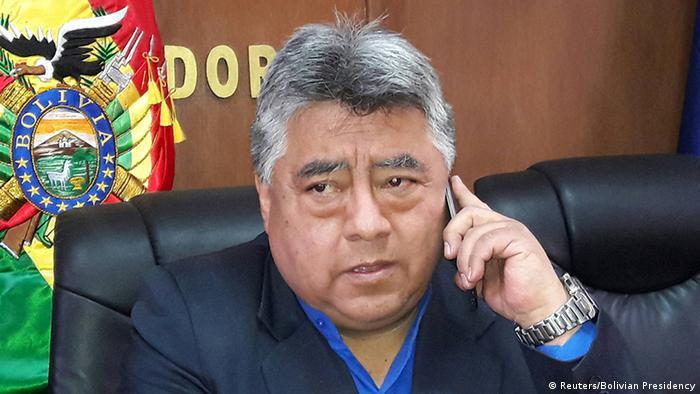 Убит министр: массовые акции неповиновения в стране