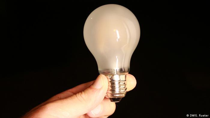 bombilla LED halógena (DW/G. Rueter)