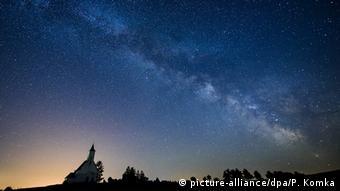 Slowakei Gemersky Jablonec Nachthimmel mit Milchstraße (picture-alliance/dpa/P. Komka)