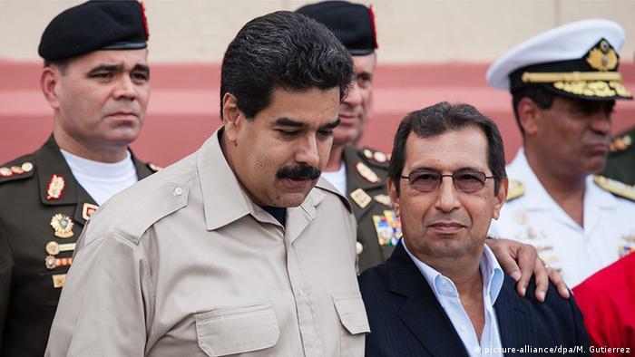 Venezuela Caracas Präsident Maduro (L)