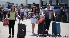 7.09.2016 *** ANTALYA, TURKEY - JULY 09 : Russian tourists arrive at Antalya Airport in Antalya, Turkey on July 09, 2016. Mustafa Ciftci / Anadolu Agency Copyright: picture-alliance/AA/M. Ciftci