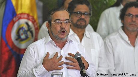 El jefe de las FARC, Rodrigo Londoño, considera un exabrupto reabrir discusión sobre justicia en Acuerdo de Paz firmado, más no refrendado, y advirtió que fuerzas que se lucran de la guerra buscan hacerlo fracasar. (12.10.2016)