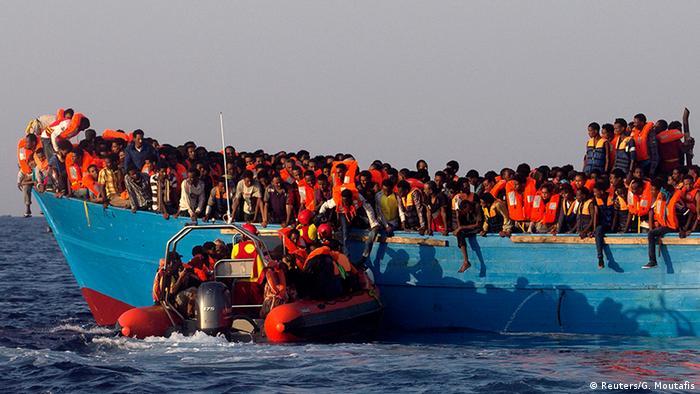 Libyen Bootsflüchtlinge wurden gerettet