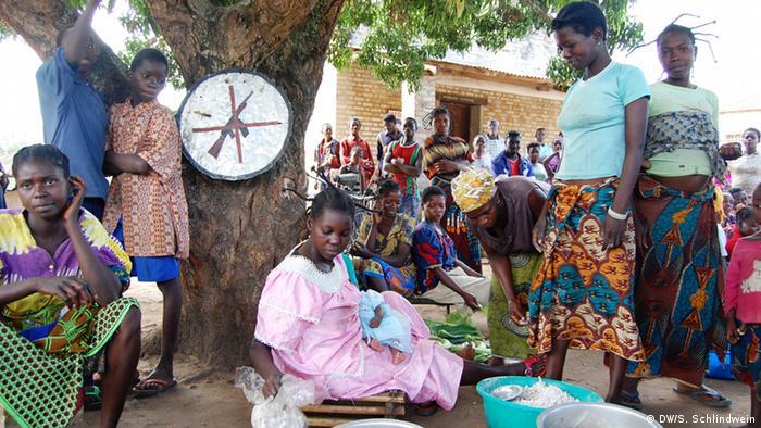 Bevölkerung sucht Schutz vor LRA Angriffen