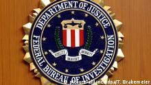 Deutschland FBI Logo in der US-Botschaft in Berlin
