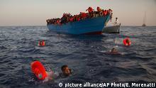 Mittelmeer Rettung von Flüchtlingen