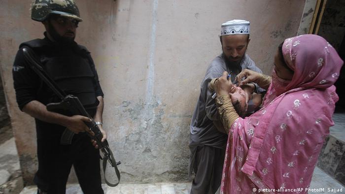 Pakistan Peschawar UNHCR Flüchtlingslager Impfung