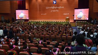 Myanmar Friedensgespräche in Naypyidaw