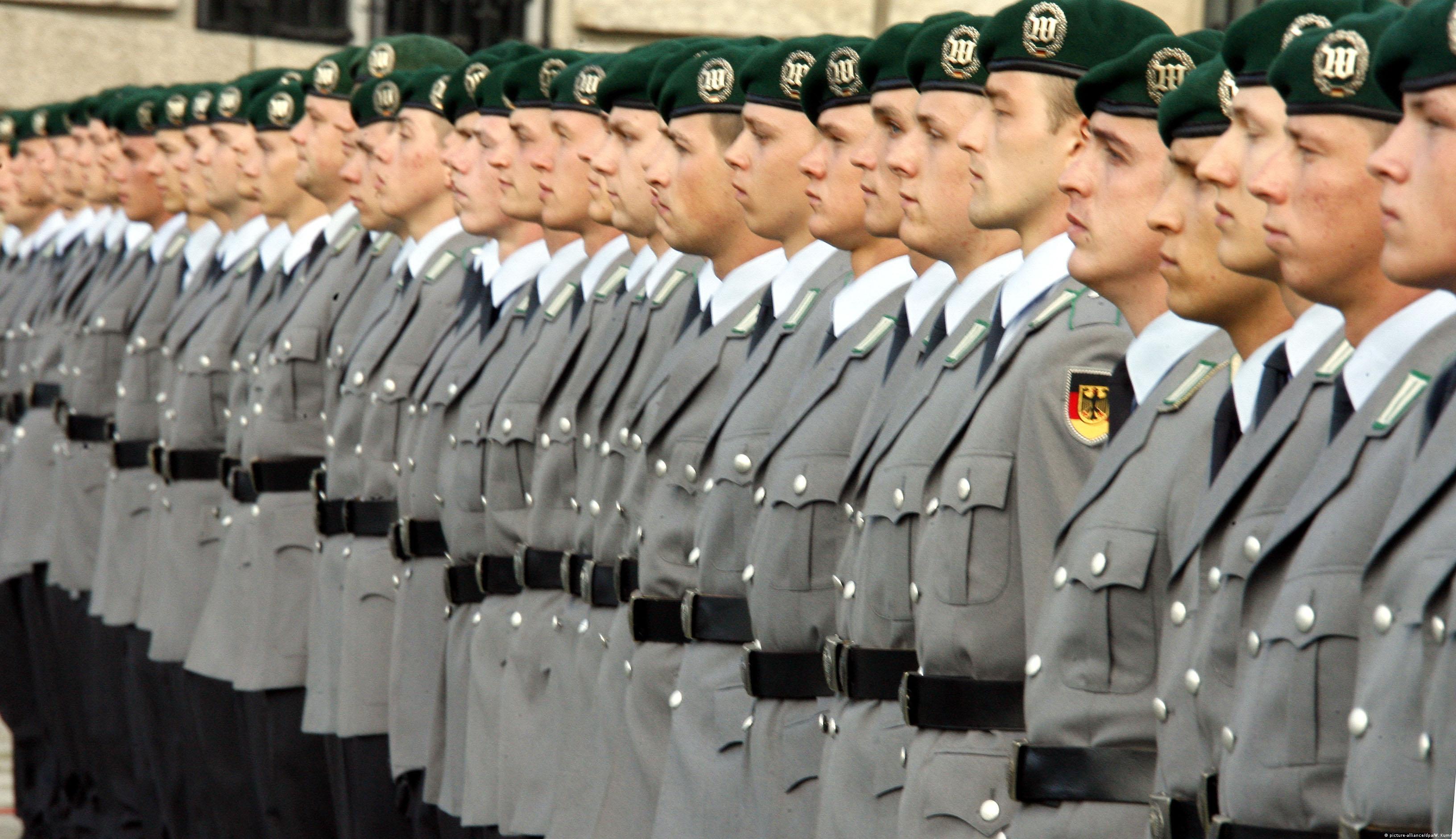 Novaci Bundeswehra na prisezi.