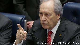 O presidente do STF, Ricardo Lewandowski, que presidiu a sessão histórica no Senado Federal
