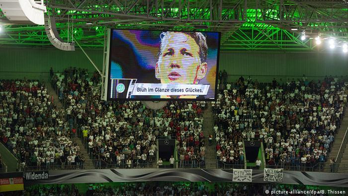 Freundschaftsspiel Deutschland Finnland Bastian Schweinsteiger Hymne