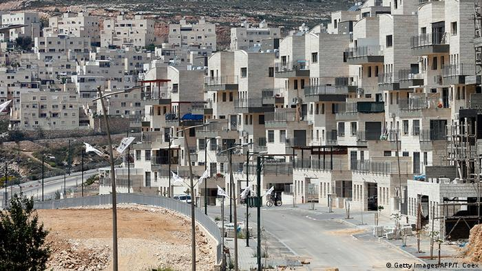 Symbolbild Israel genehmigt 464 Siedlung Häuser in West Bank (Getty Images/AFP/T. Coex)
