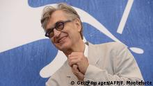 September 1, 2016 Director Wim Wenders poses during a photocall of the movie 'Les Beaux Jours d'Aranjuez' presented in competition at the 73rd Venice Film Festival on September 1, 2016 at Venice Lido. / AFP / FILIPPO MONTEFORTE (c) Getty Images/AFP/F. Monteforte