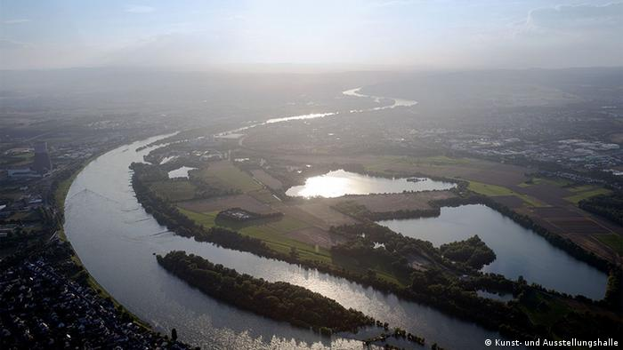 The Rhine from above, Copyright: Kunst- und Ausstellungshalle der Bundesrepublik Deutschland GmbH