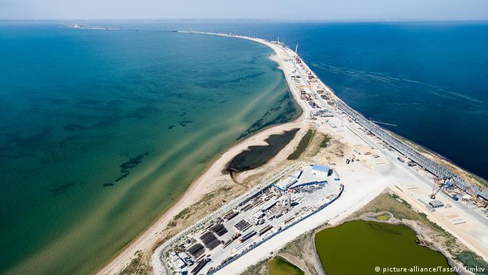 Строящийся мост через Керченский пролив