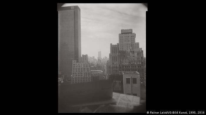Reiner Leist's Window, September 14, 1997, Copyright: Reiner Leist/VG-Bild Kunst, 1995, 2016
