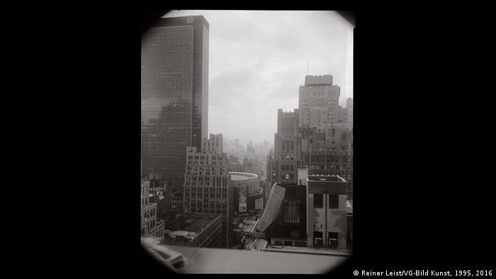 Reiner Leist's Window, September 14, 2004, Copyright: Reiner Leist/VG-Bild Kunst, 1995, 2016