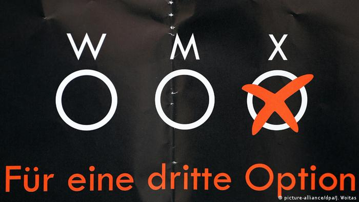 Leipzig Plakat für eine dritte Option Intersexuelle (picture-alliance/dpa/J. Woitas)