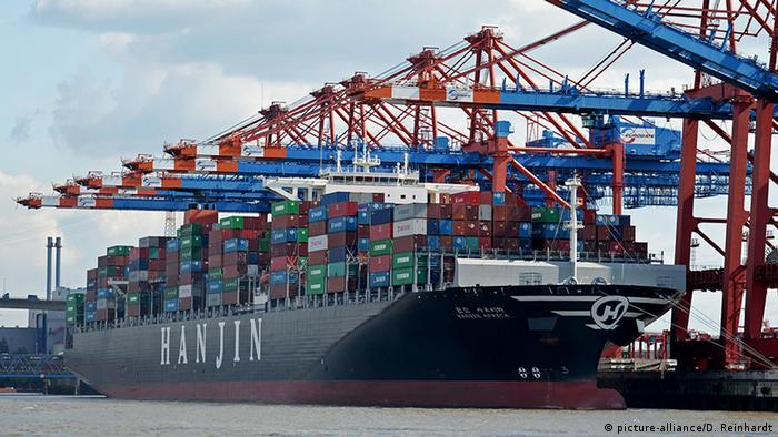 Hanjin vessel (picture-alliance/D. Reinhardt)