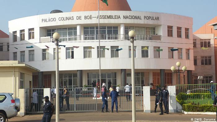 Afrika Das Parlament vom Guinea Bissau