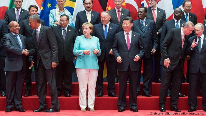 China G20 Gipfel in Hangzhou - Aufstellung zum Gruppenbild (picture-alliance/dpa/B.v. Jutrczenka)
