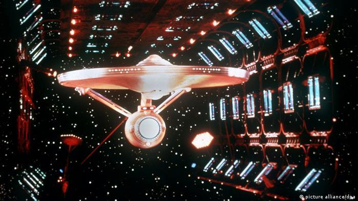 Star Trek Enterprise im Dock, Anfang der 60er Jahre (Foto: dpa)