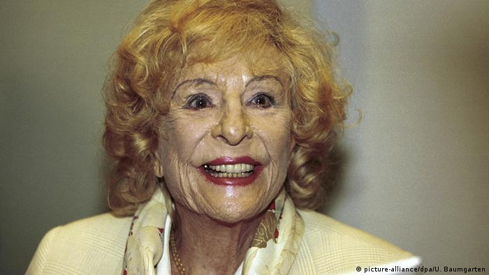 Leni Riefenstahl in 2000 (picture-alliance/dpa/U. Baumgarten)