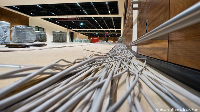 Kabel am Flughafen Berlin Brandenburg (BER)