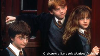 Harry Potter Hermine und Ron Filmszene (picture-alliance/dpa/United Archives)