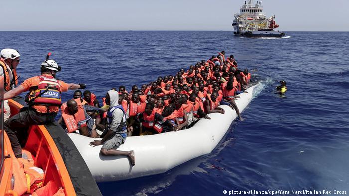 Rotes Kreuz Italien Seenotrettung Rettung Flüchtlinge