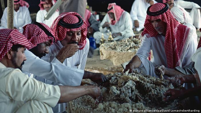 Beduinen in Saudi-Arabien (picture-alliance/dpa/David Lomax/robertharding)