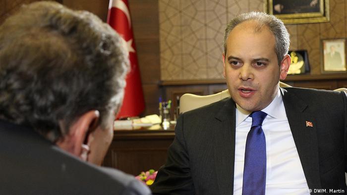 DW Conflict Zone Türkei - Gast Akif Çağatay Kılıç