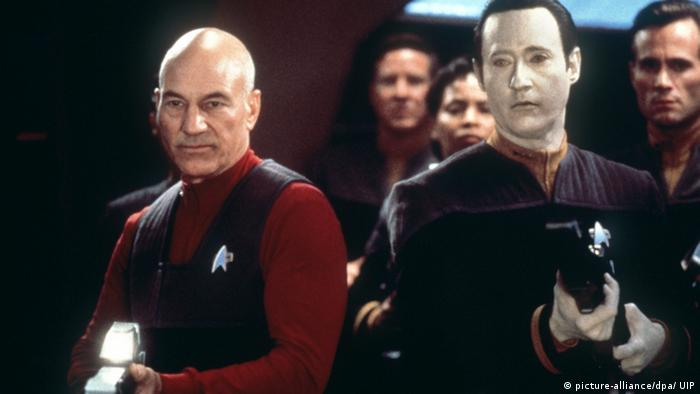 Movie still from the 1996 TNG film First Contact (Foto: dpa)