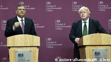 London Boris Johnson mit HNC Vertretern Syrien Opposition Riyad Farid Hijab