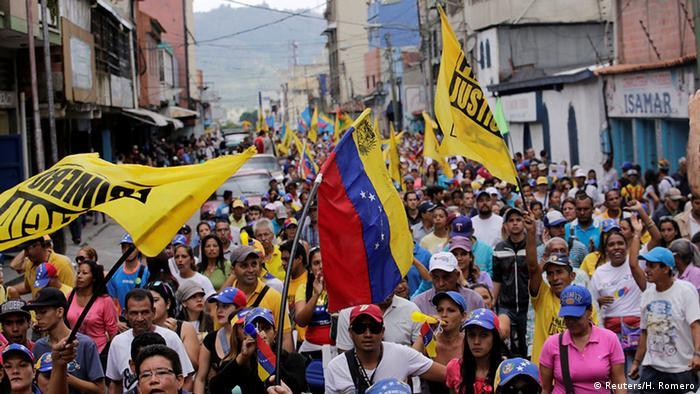 Venezuela Caracas Demo Pro Referendum