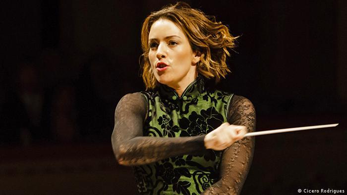 Alondra de la Parra, directora de orquesta mexicana.