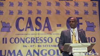 Angola Luanda Abel Chivukuvuku, Führer der Koalition CASA-CE