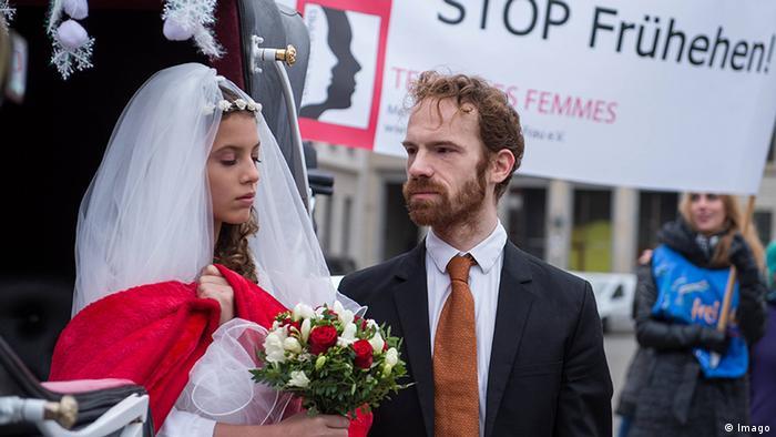 Lata przed datą małżeństwa