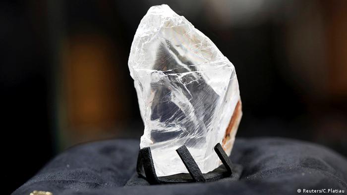 Diamante encontrado no Botsuana e comprado pela De Grisogono por 63 milhões de dólares, em 2016