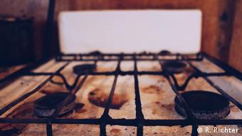 Dirty stove in Kommunalka-kitchen