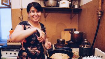 The Uzbek resident cooks national dish